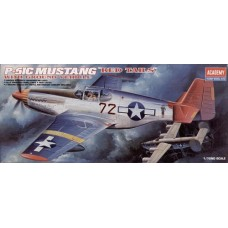 P-51CMUSTANG RED TAILS 1/72