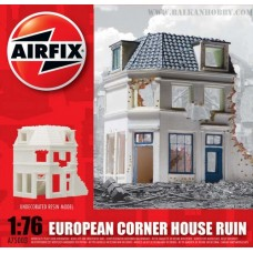 Corner house ruin