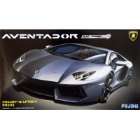 Lamborghini Aventador LP 700-4 1:24