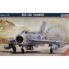MIG-19S Farmer 1/72