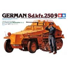 1/35 German Sd. Kfz. 250/9