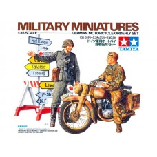 1/35 German Motorcycle Orderly Set
