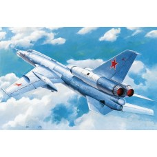 1/72 Tupolev Tu-22 Blinder Tactical Bomber